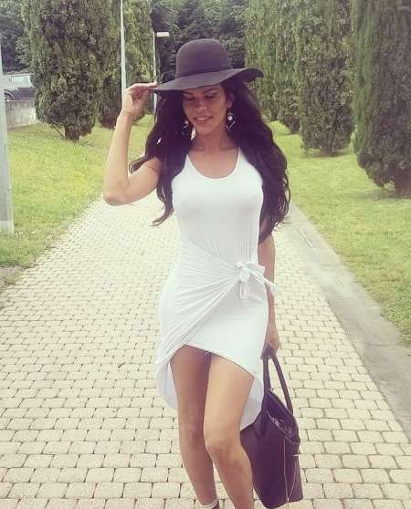 mature russe escort tours