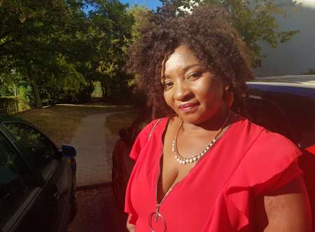 Malina, La Nana Naïve Qui Nous Offre Du Sexe Gratuit